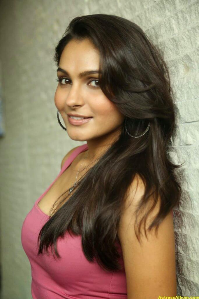 Actress Andrea Jeremiah Latest Stills 2