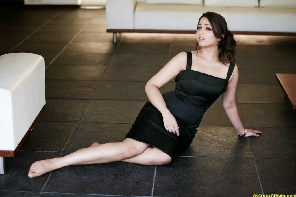 Actress Charmi Spicy Photoshoot Stills (6)