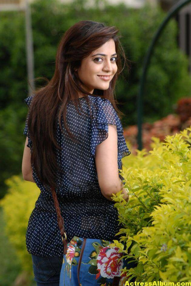 Actress Nisha Agarwal Latest Photos 4