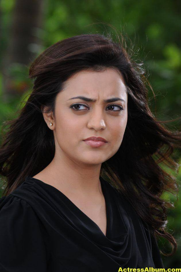 Actress Nisha Agarwal Latest Photos 5