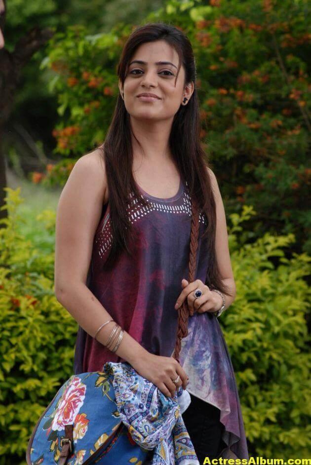 Actress Nisha Agarwal Latest Photos 6