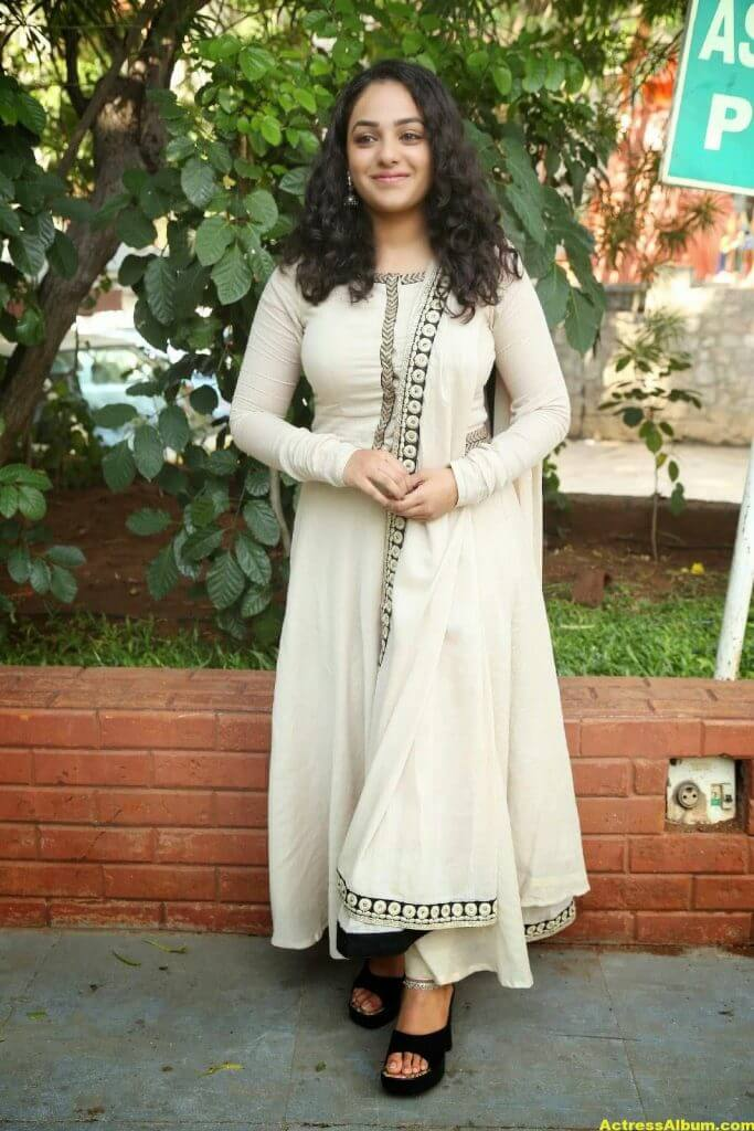 Actress Nitya Menon Latest Stills 7
