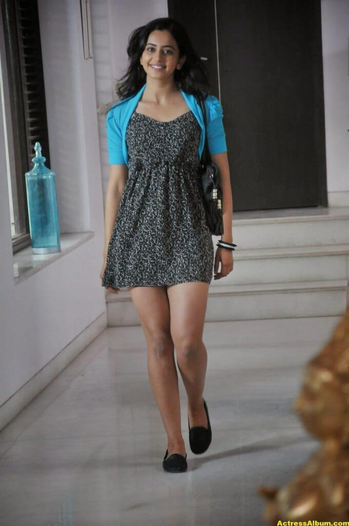 Actress Rakul Preet Singh Latest Glam Stills HQ 3