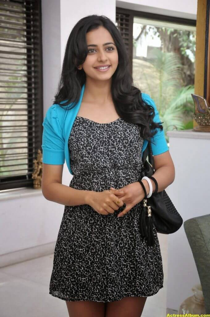Actress Rakul Preet Singh Latest Glam Stills HQ 4