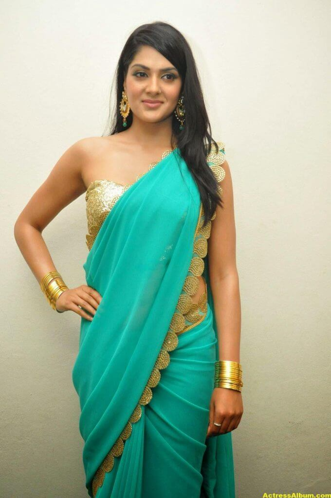 Actress Sakshi Chaudhary Latest Glam Stills 1