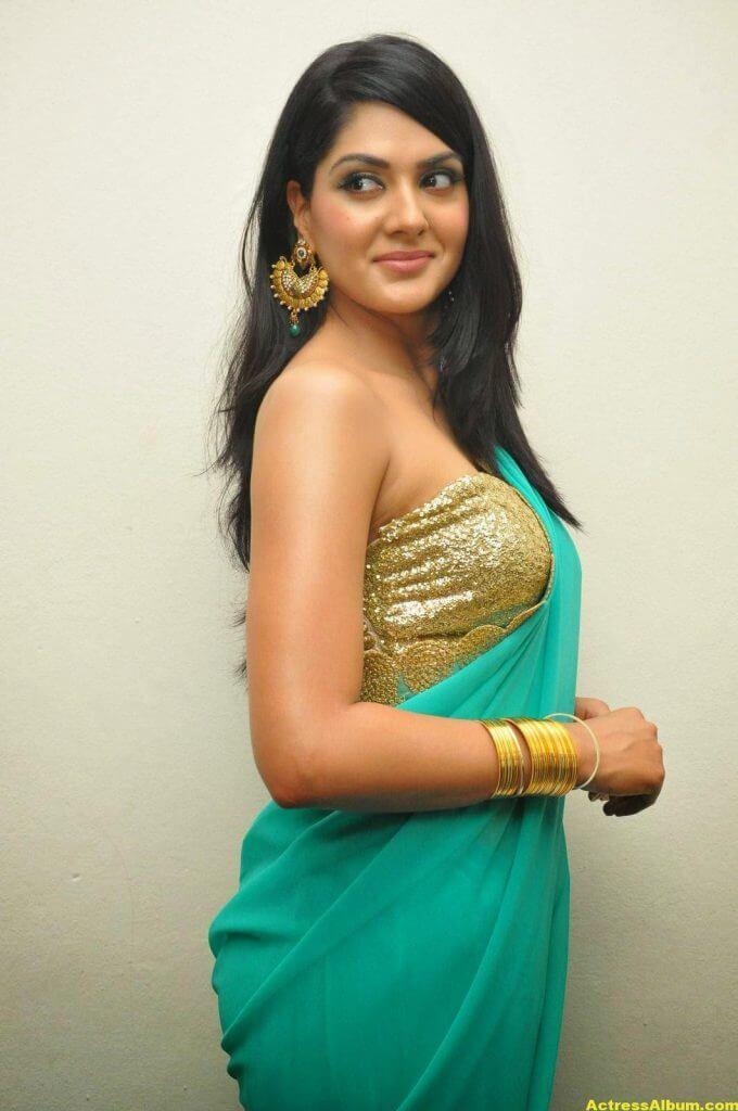 Actress Sakshi Chaudhary Latest Glam Stills 3
