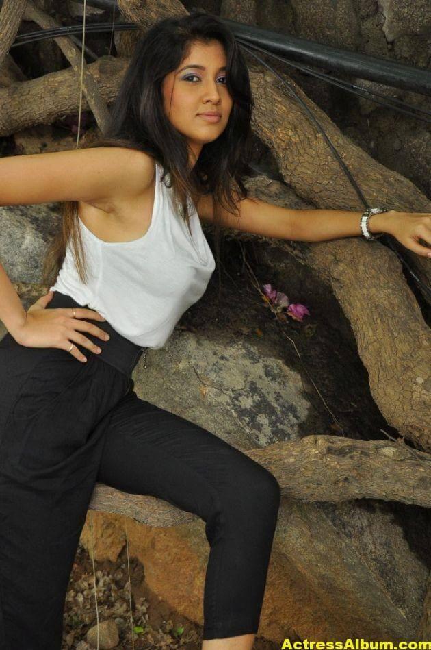 Akhila Latest Photos 6