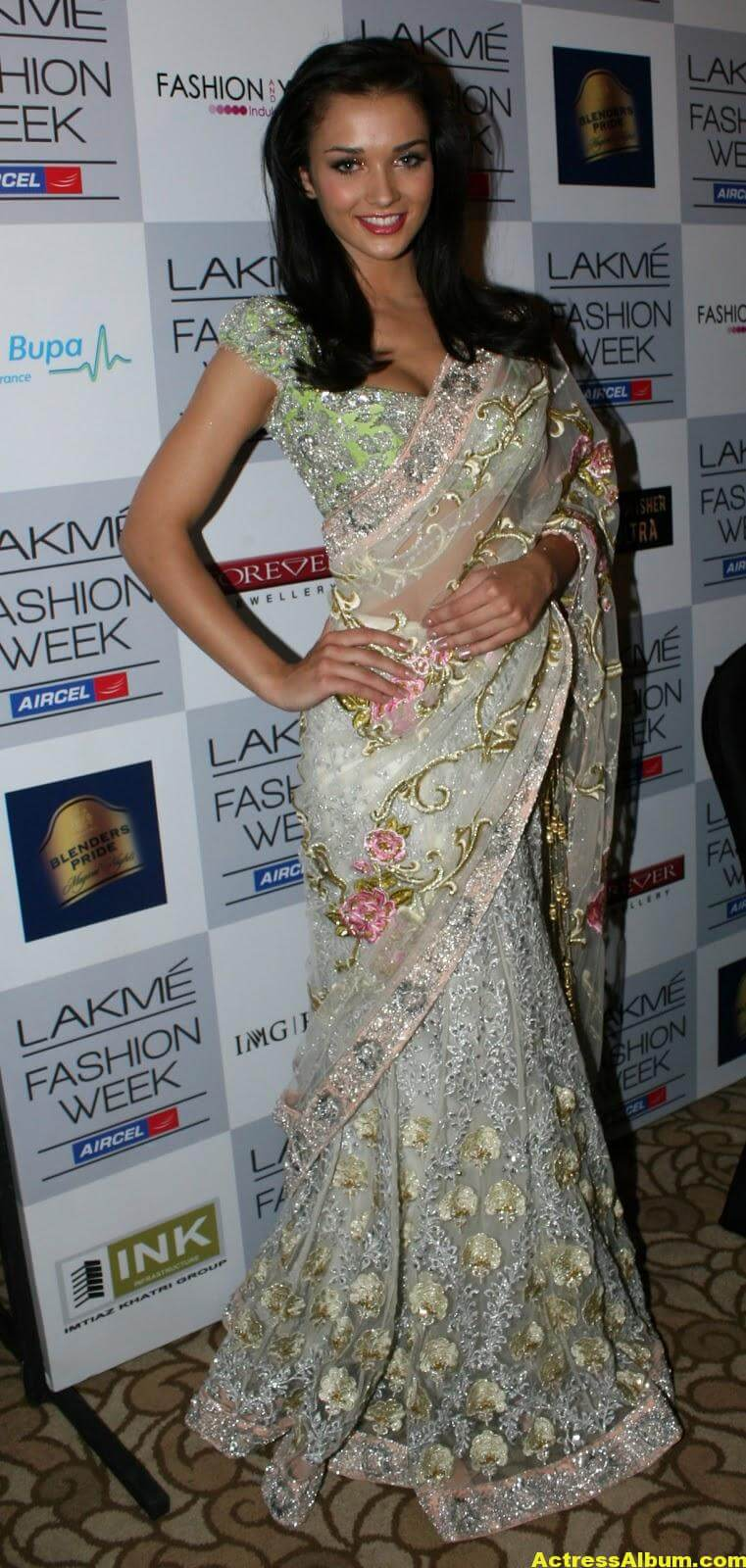 Amy Jackson hot in transparent saree 1