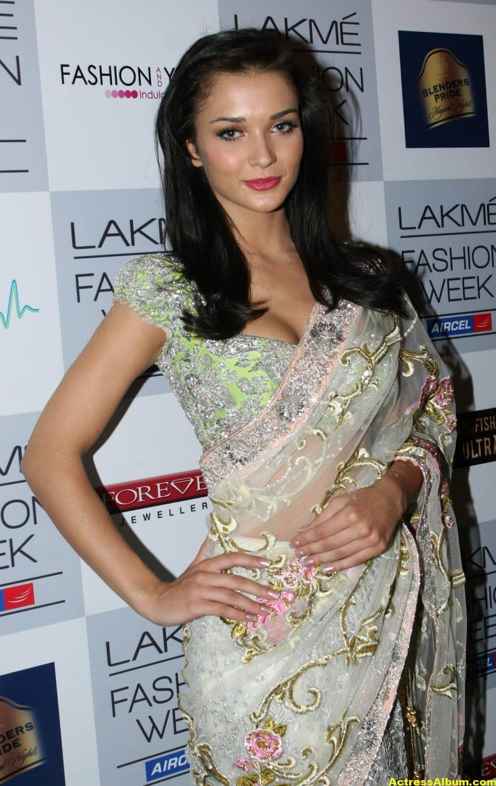 Amy Jackson hot in transparent saree 2