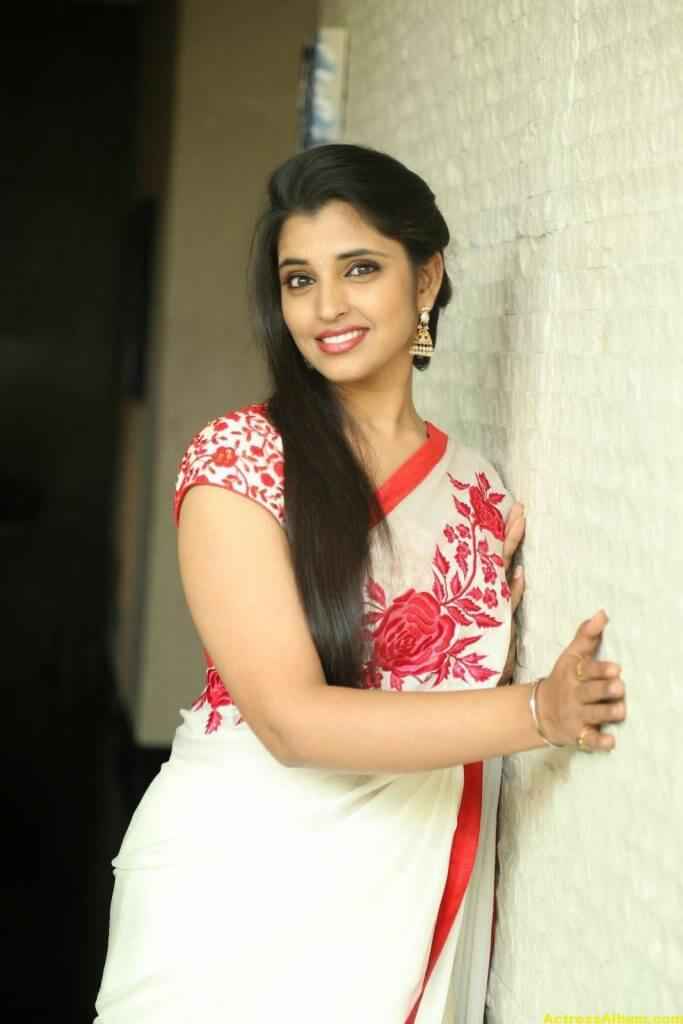 Anchor Shyamala Latest Stills 5