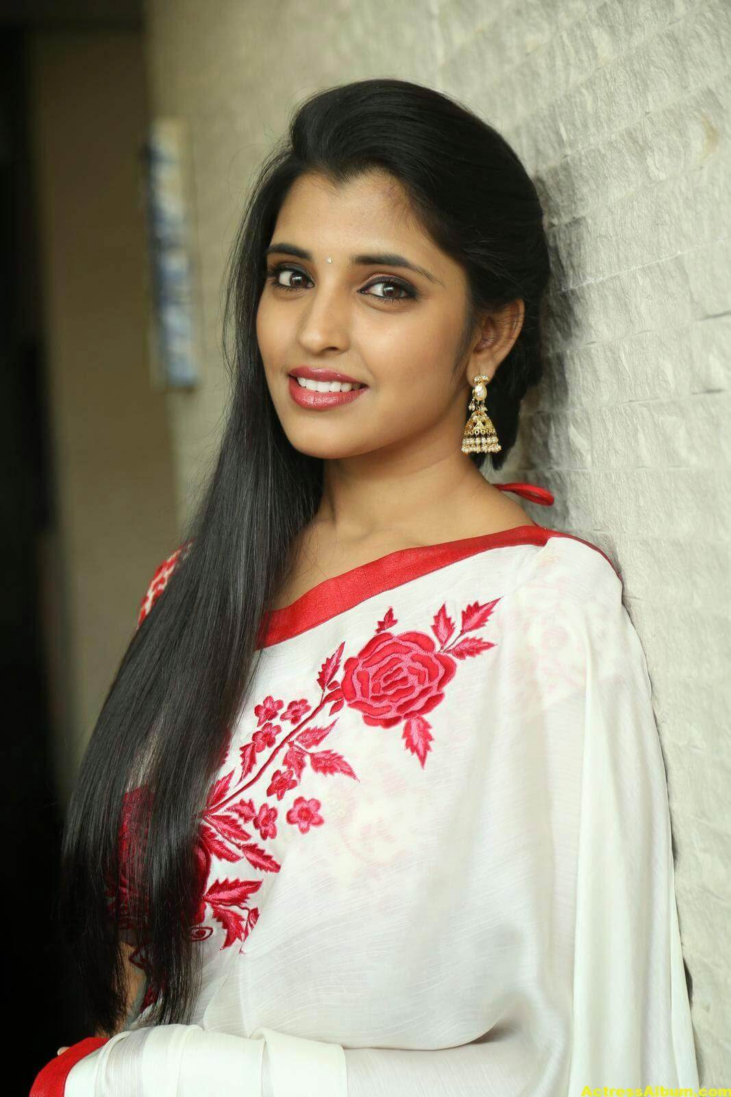 Anchor Shyamala Latest Stills 7