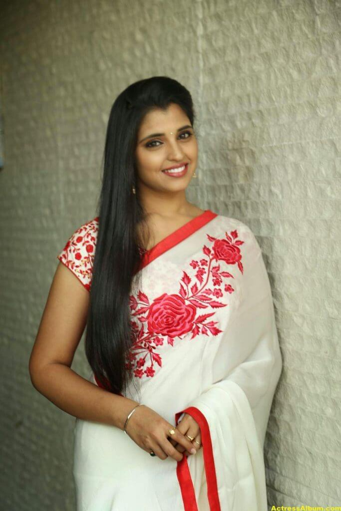 Anchor Shyamala Latest Stills 8