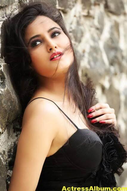 Harinakshi Hot Photos 7
