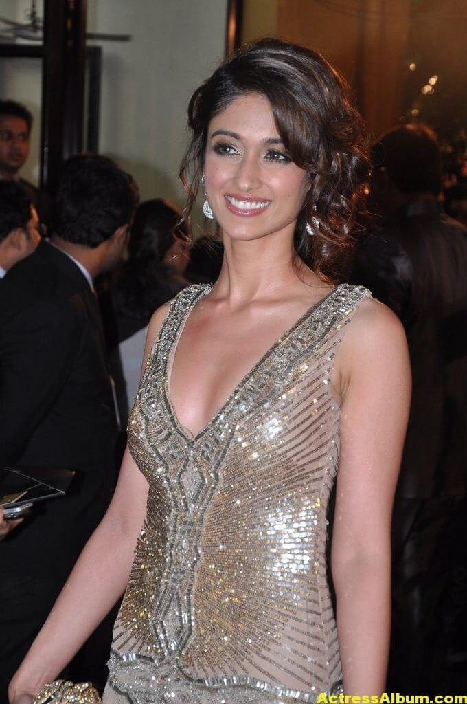 Hot Heroines at Idea Filmfare Awards 6