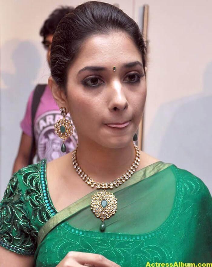 Hot Tamanna in Green Saree 5