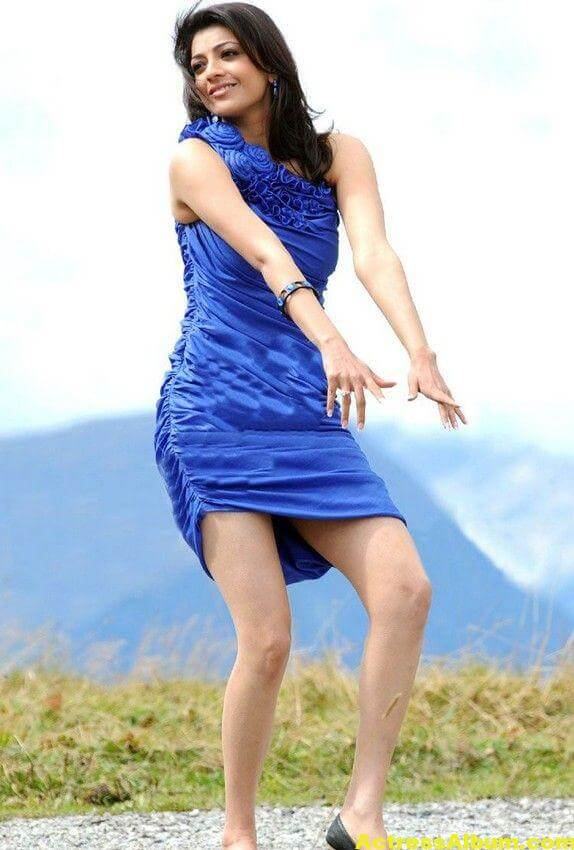 Kajal Agarwal  blue short gown thunder thighs 6
