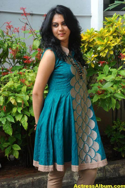 kamna-jetmalani-photos-at-band-balu-opening-1