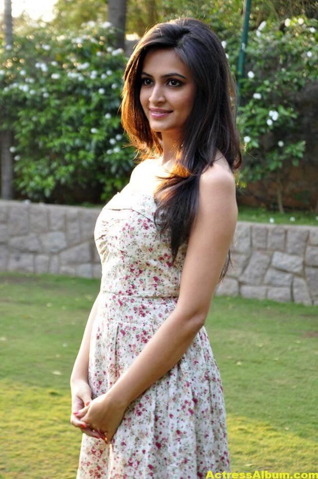 Kriti Kharbanda Photo Shoot 2
