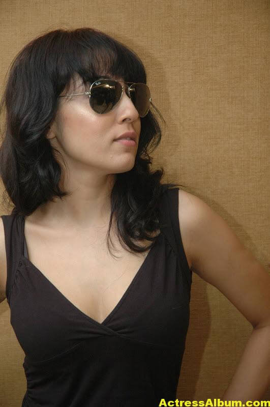 Lekha-Washington-Photo-Shoot-02