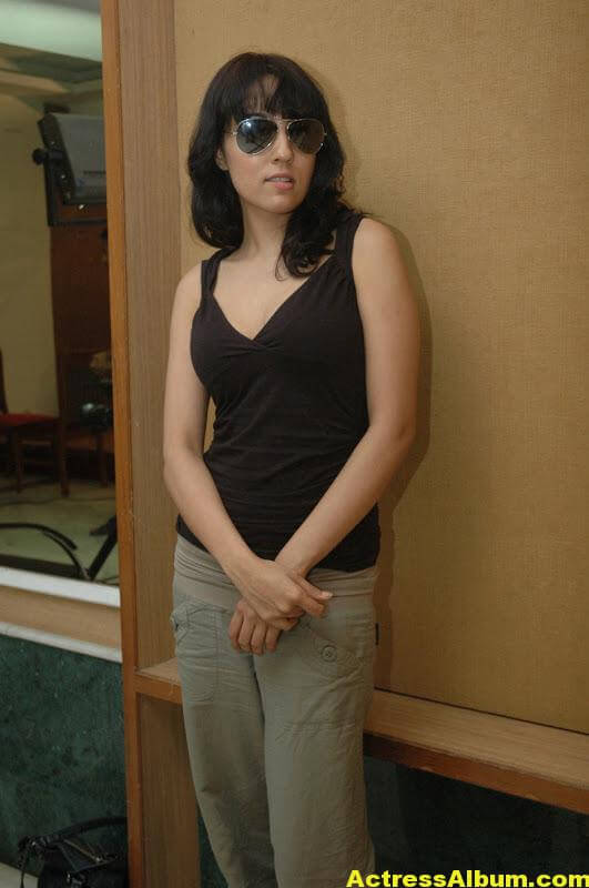 Lekha-Washington-Photo-Shoot-09