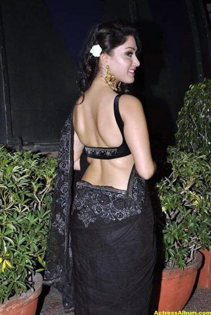 Manjari In Black Saree 5