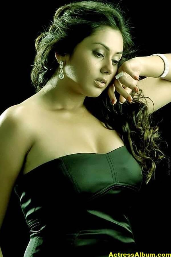 Namitha_Hot_00