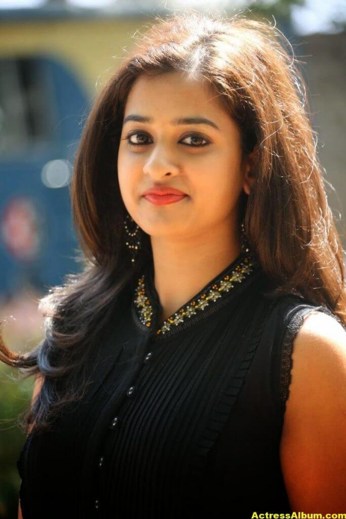 Nanditha Raj Latest Photo Gallery in Black Dress 3