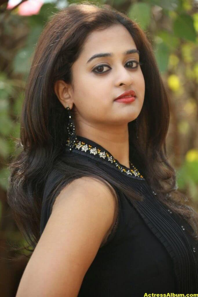 Nanditha Raj Latest Photo Gallery in Black Dress 6