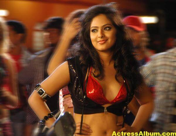 Nikesha-Patel-hot-stills(18)