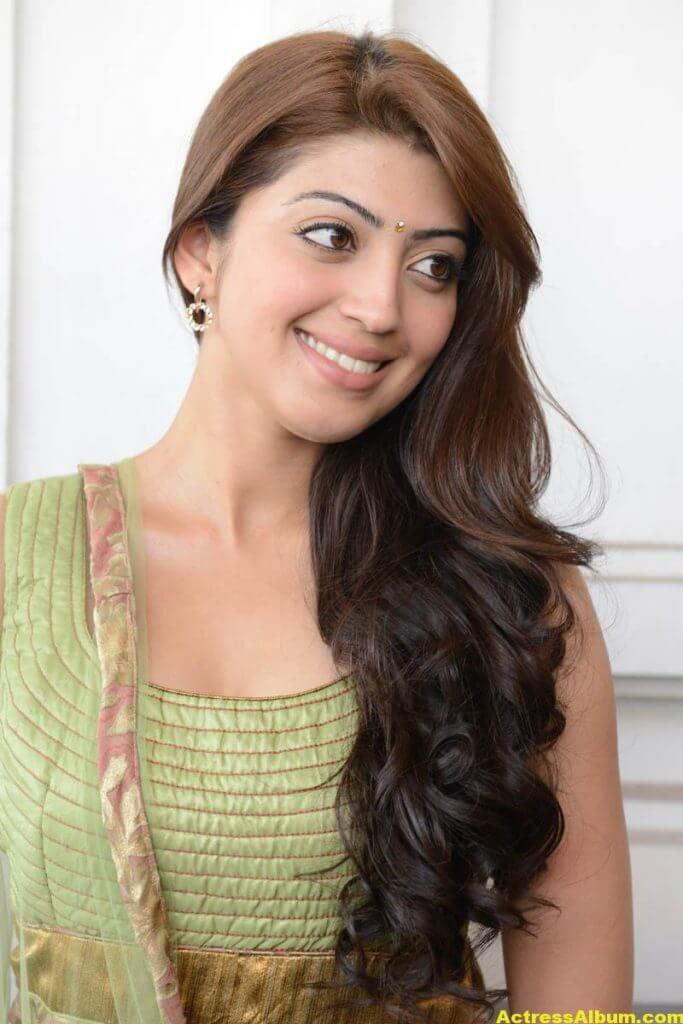 Pranitha new HQ wallpaper 2