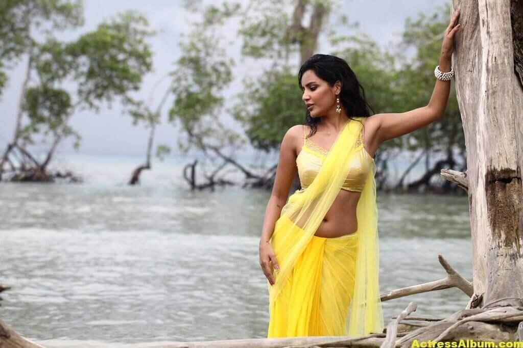 Priya Anand Spicy Stills 3