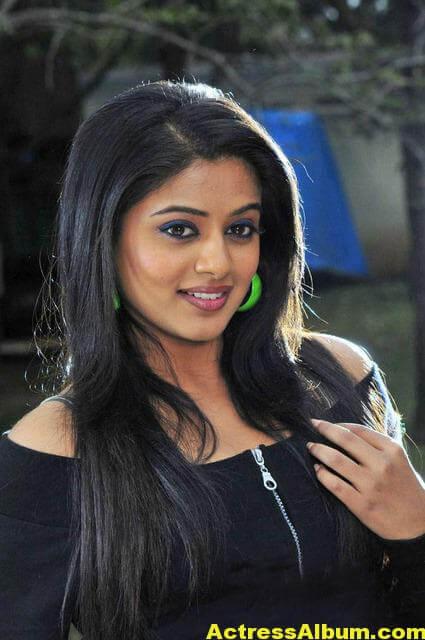 Priyamani in Glamour Look Photo