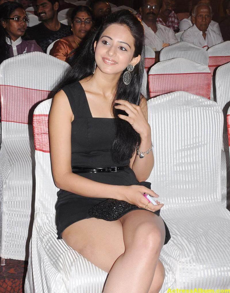 Rakul Preet Singh Beautiful Pictures 0