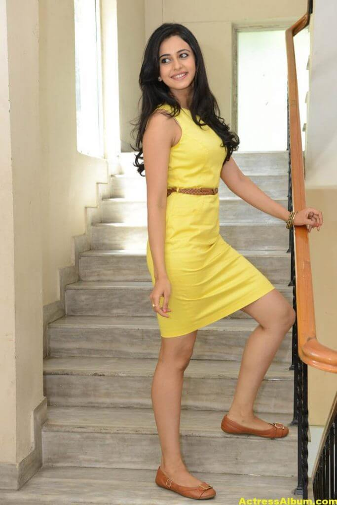 Rakul Preet Singh Beautiful Pictures 5