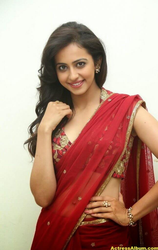 Rakul Preet Singh Latest HD Pics in Red Saree 7