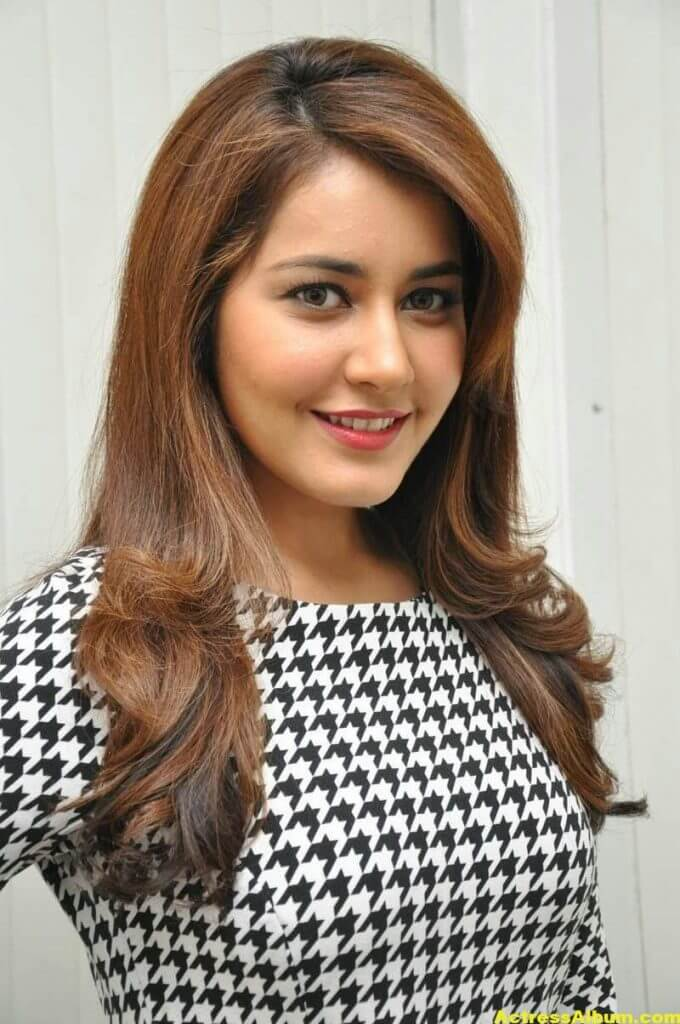 Rashi Khanna Latest Stills At Jil Movie 1