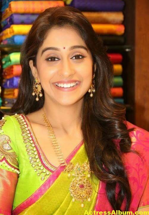 Regina Cassandra at Chennai Shopping Mall Launch Photos 1