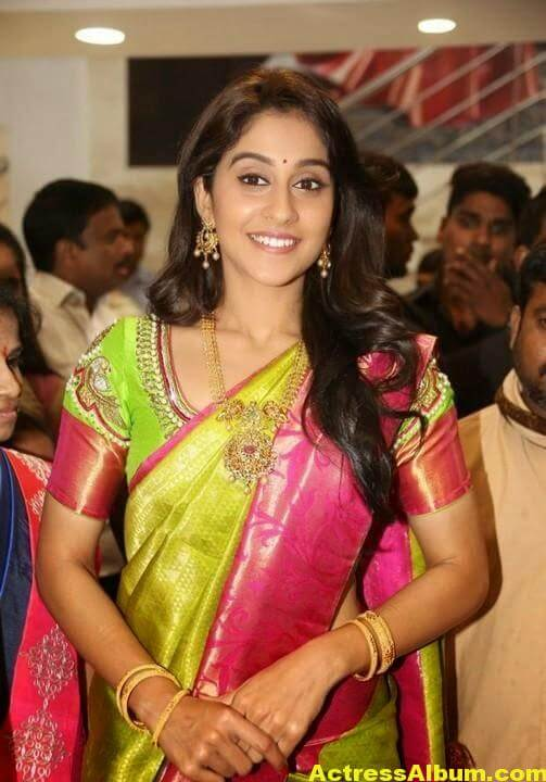 Regina Cassandra at Chennai Shopping Mall Launch Photos 4