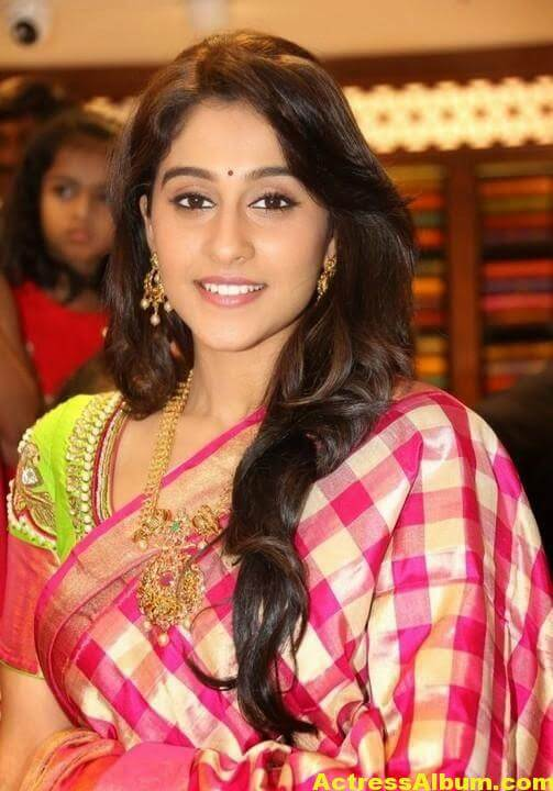 Regina Cassandra at Chennai Shopping Mall Launch Photos