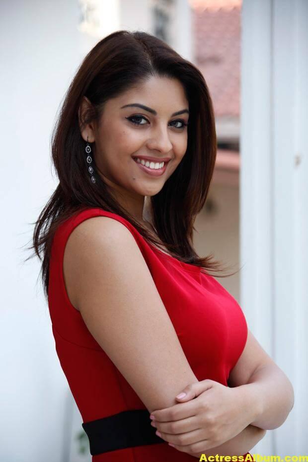 Richa Gangopadhyay Latest Photo Shoot Photos 0