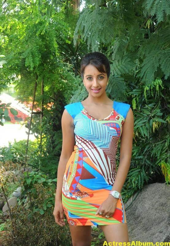 Sanjana Latest Photos 3