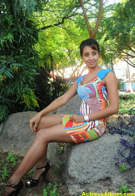Sanjana Latest Photos 5