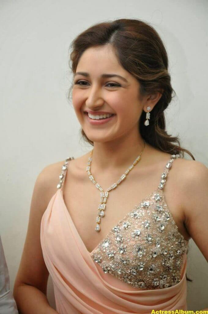 Sayesha Saigal Latest Stills 3