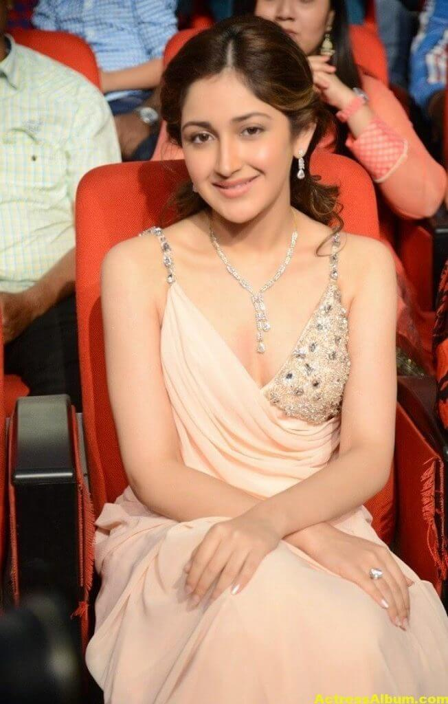 Sayesha Saigal Latest Stills 8