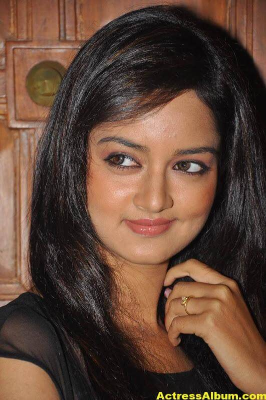 Shanvi-Latest-Photo-Gallery- (18)