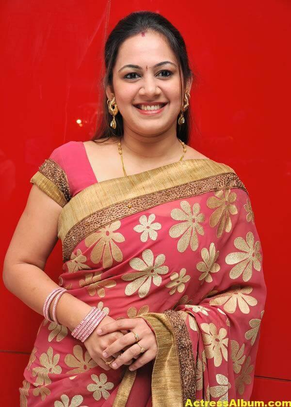Sun Tv Anchor Archana Hot Sexy In Saree - Actress Album-2333