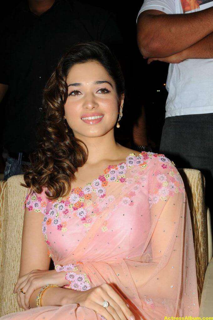 Tamanna Bhatia backless blouse transparent pink saree 7