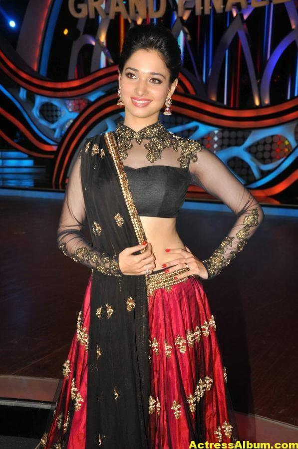 Tamanna In Black & Red Dress