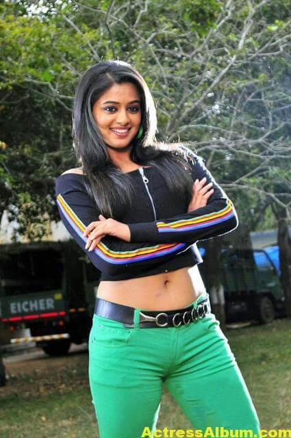 Tamil Actress Priyamani in Hot Look at Green Jeans