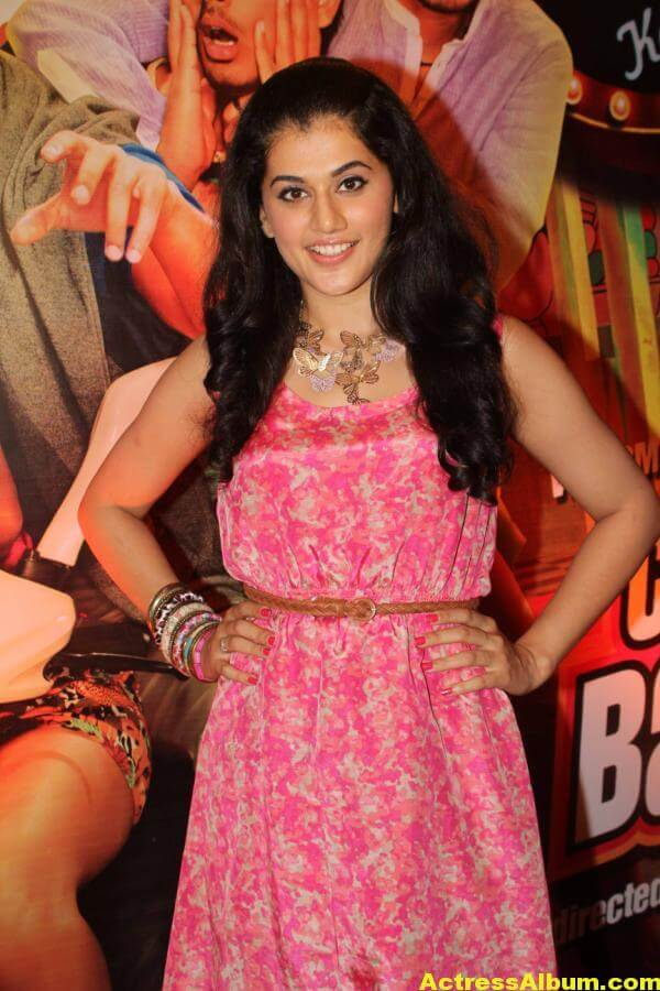 Tamil Actress Tapsee Hot In Pink Dress 5